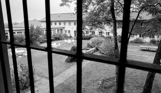 Archivbild des Frauengefängnis Hindelbank im Jahr 1985.