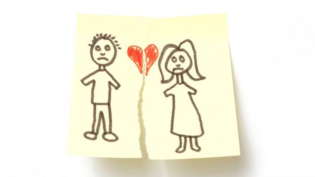Zeichnung mit Mann und Frau hat einen Riss.