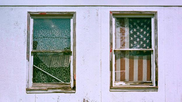 Zwei Fenster.