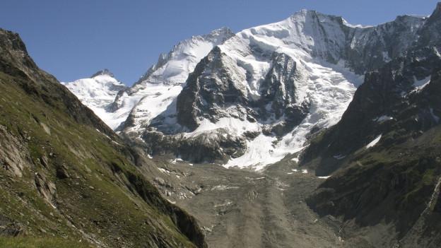 Blick auf den Zinalgletscher.