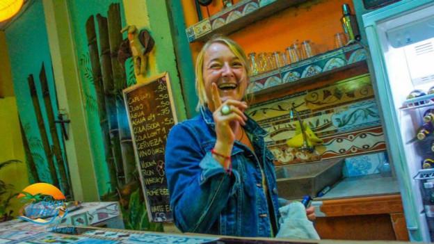 Michaela Maissen in ihrem Haus in Ecuador