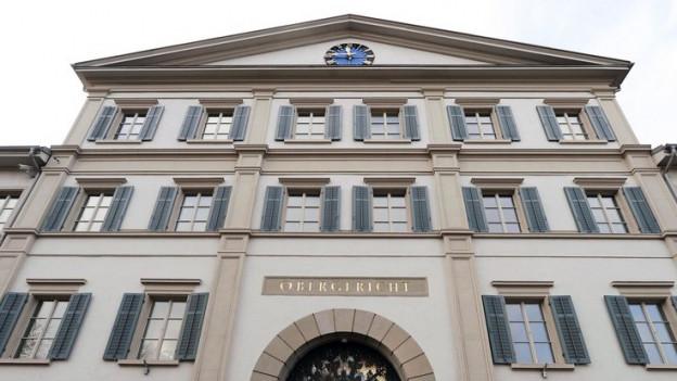 Graues Haus, Zürcher Obergericht, von aussen