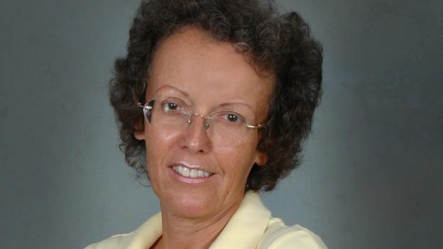 Porträtbild der Auslandschweizerin Suzanne Violet.