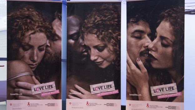 Plakatwand mit der Kampagne: Lovelife.