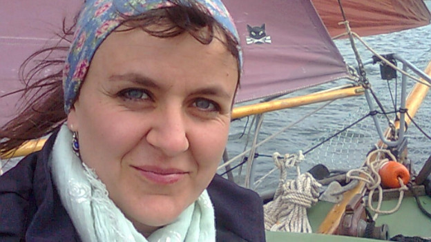 Jardena Flückiger auf einem Schiff auf der Ostsee.