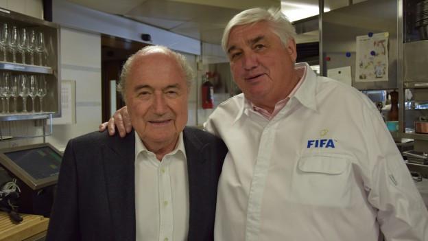 Links Sepp Blatter und rechts Jacky Donatz im Bild.