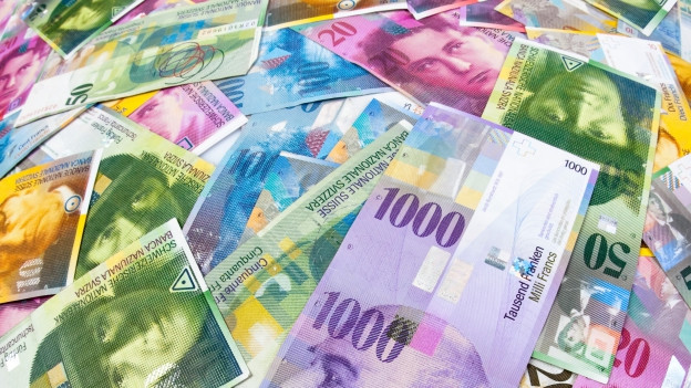 Viele Schweizer Banknoten.