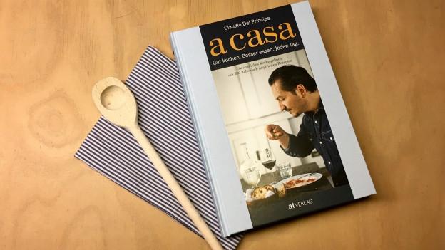 Neues Kochbuch a casa von Claudio del Principe.
