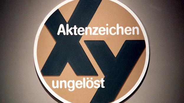 Das Logo der Sendung Aktenzeichen XY.