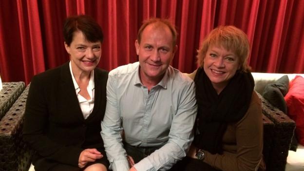 Zu Gast bei Daniela Lager (r) in Rapperswil: Heidi Steinegger und Hansueli Kobel.