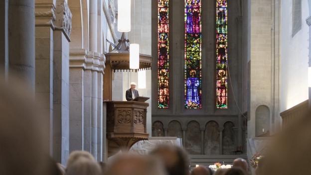 Kanzel in der Kirche.
