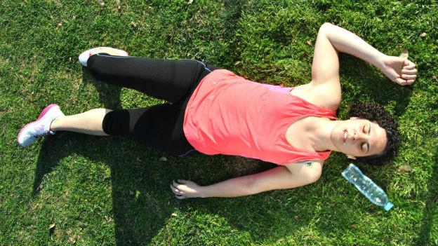 Frau müde nach Training.