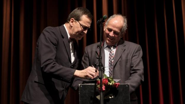 Theo Hitzig von Lapsus und Ernst Steinmann, Schweizer Generalkonsul in Stuttgart (D)
