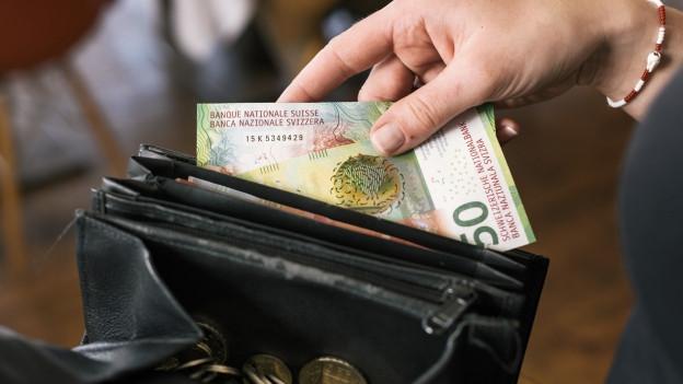 Griff in Geldbeutel