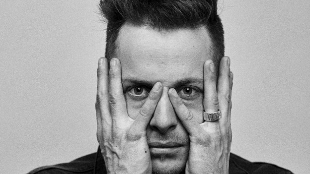Nils Burri Portrait schwarz/weiss