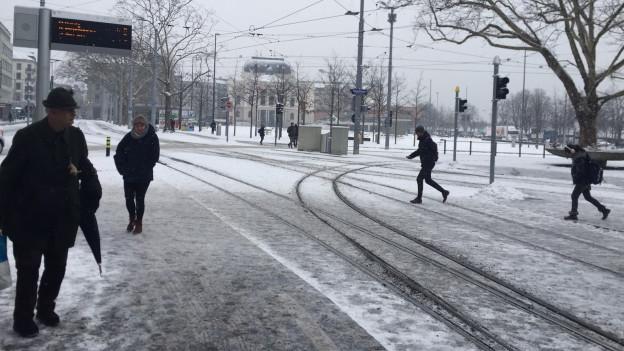 Bellevue Zürich im Schnee.