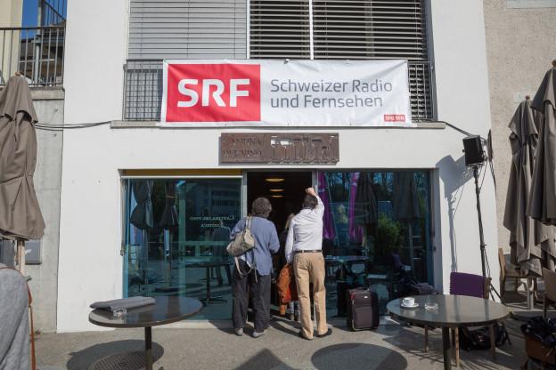 SRF sendet live aus der Cantina del vino in Solothurn