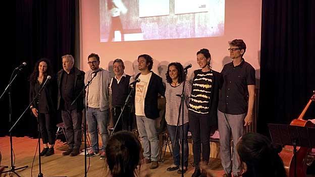 «Bern ist überall - Kosovë is everywhere» an ihrem Auftritt in Luzern