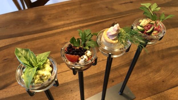 Vom Kerzenständer zum «Gruss aus der Küche» - A point - SRF