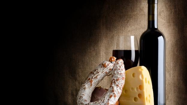 Wein, Wurst und Käse