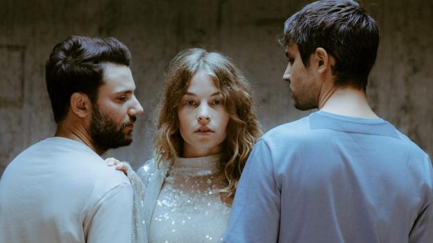 Anna Rossinelli mit ihren beiden Musikern
