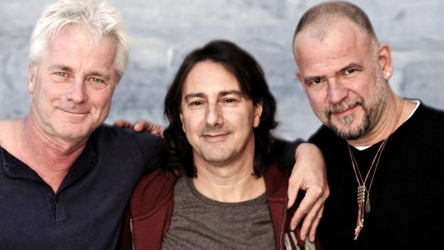 Schmidbauer, Pollina, Kälberer (v.l.n.r.) gemeinsam auf einem Foto.