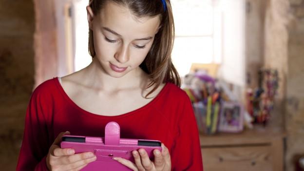 So werden elektronische Geräte kindersicher