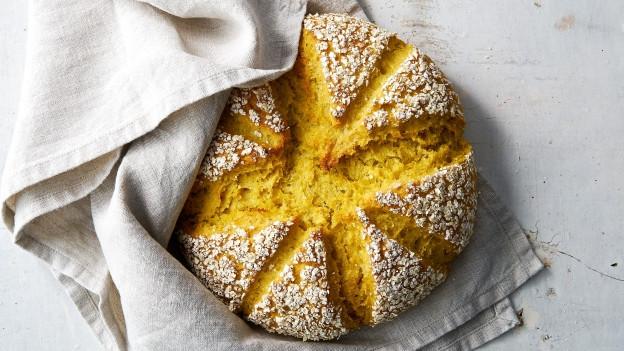Brot selber backen – wieso nicht einmal mit Goldhirse?