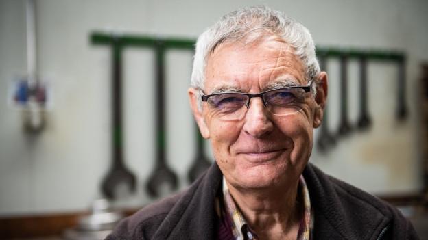 «Helden des Alltags»-Finalist Jakob Knöpfel in der Werkstätte in Uzwil.