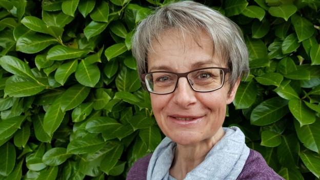 SRF 1-Hörerin Therese Schenk präsentiert ihr Lieblingsrezept: «Chrigihärdöpfel».