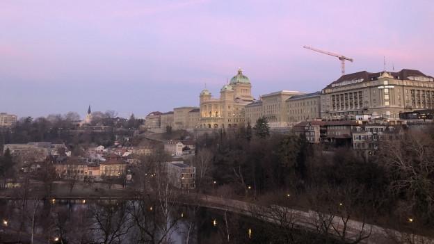 Bundeshaus im Morgenlicht
