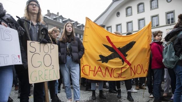 Demonstrierende beim Klimastreik