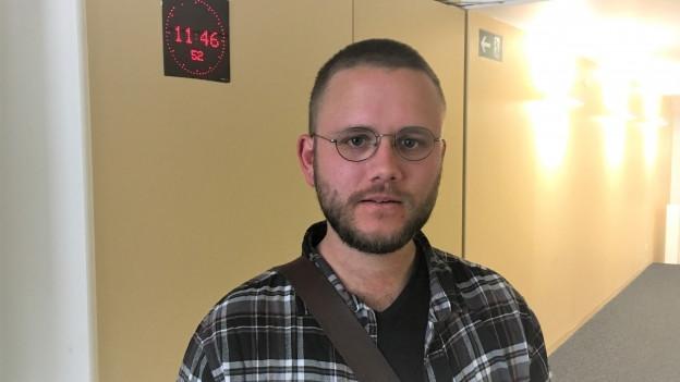 Autor Michael Nejedly erlebte im Militär Zeit, die einfach nicht vergeht