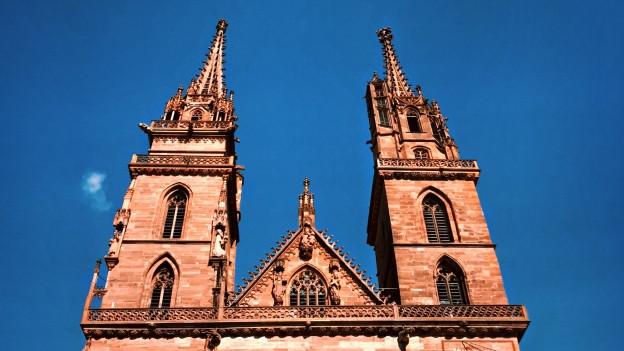 Roter Sandstein, zwei Türme: Das Basler Münster.