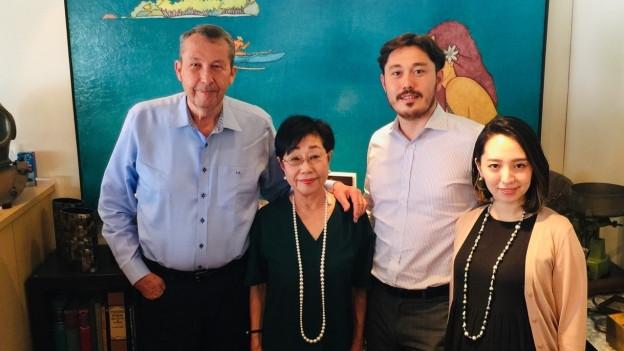 Andy Müller und seine Familie in Kobe.