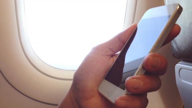 Handy in der Luft – erlaubt oder nicht?