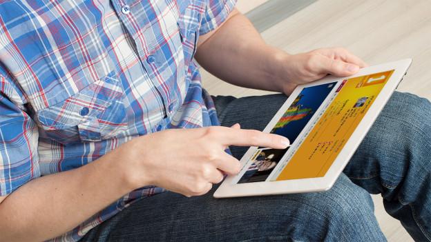 Ein Tablet ist das ideale Gerät, um ungestört im Internet zu stöbern