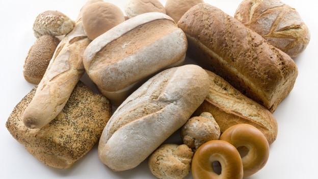 Eine Auswahl an verschiedenen Broten.