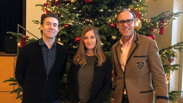 Persönlich Gäste Sven Furrer (l) und Laura Marty-Iten bei Christian Zeugin.