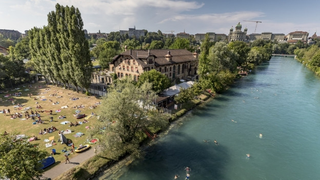 Eine der beliebtessten Schweizer Flussbadis: Das Marzili.
