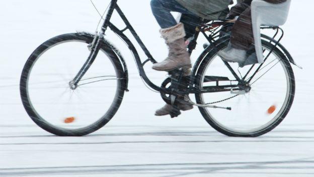 Fahrrad im Winter.