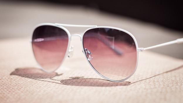 Sonnenbrille mit hellen Gläsern