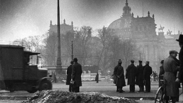 Am Morgen nach dem Reichstagsbrand.