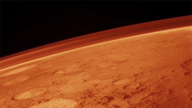 Der Planet Mars wurde wegen seiner blutroten Farbe nach dem römischen Kriegsgott benannt.