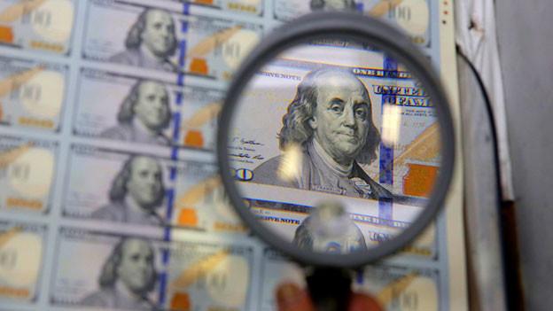 Die Notenbanken schwemmen die Märkte bis heute mit Trilliarden Dollars und Euros.