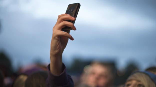 Wir nennen es «Handy», auch wenn englischsprachige das Gerät ganz anders bezeichnen.
