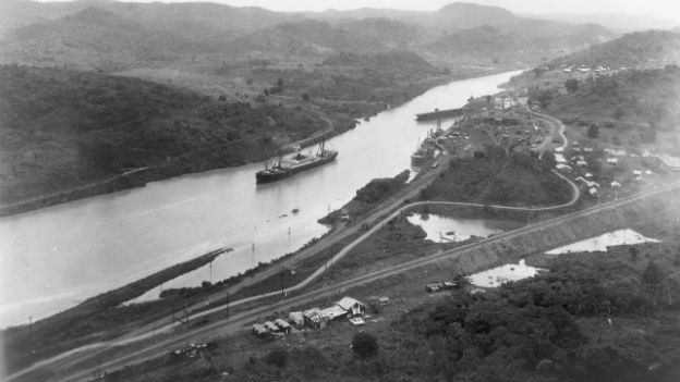 Der Panamakanal vor 100 Jahren.