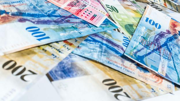 Viele Geldnoten