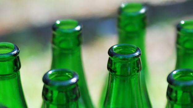 Egal ob Bier, Mineralwasser oder Süssgetränke: Viele Flaschen sind aus grünem Glas.