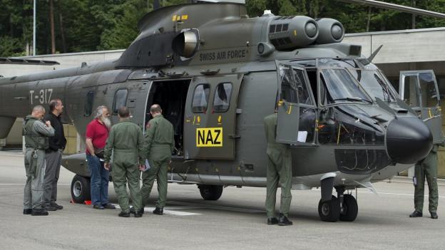 Hubschrauber Puma der nationalen Alarmzentrale.
